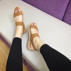 Sandal da mới về