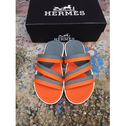 Dép Hermes. Made in Cambodia