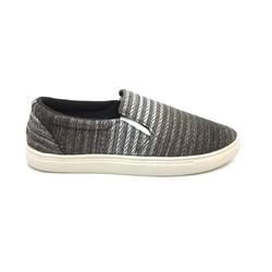 Giày vải thời trang năng động C188