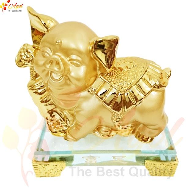 tượng heo vàng 3