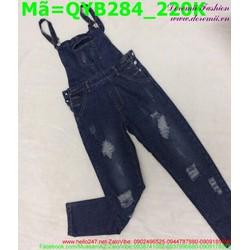 Quần yếm jean nữ màu xanh rách xước nhẹ trẻ trung QYB284