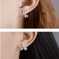 Khuyên tai đính đá hình hoa