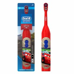 Bàn chải đánh răng dùng pin đầu xoay Oral-B Disney Pixar Cars Mc Queen