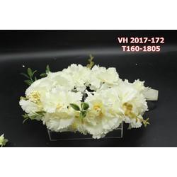 Vòng hoa cô dâu màu trắng đẹp nhẹ nhàng