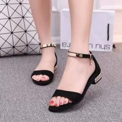 giày sandal nữ dễ thương