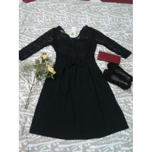 Đầm xòe ren đen
