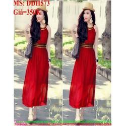 Đầm maxi cổ yếm kiểu dáng mới lạ màu đỏ sang trọng DDH573