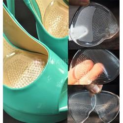 Miếng lót giúp giảm đau chân khi mang giày cao gót.