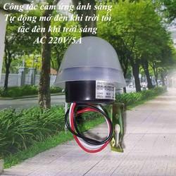 Công tắc cảm biến ánh sáng 220v