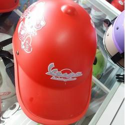 Mũ bảo hiểm thời trang Vespa
