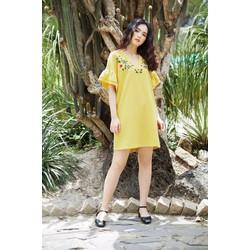 Đầm suông màu vàng hoa văn đẹp