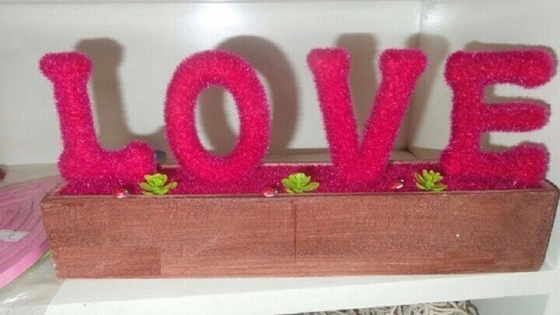 Khay cây love trang trí 1