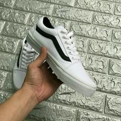 giày sành điệu nam nữ