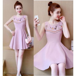 Đầm xòe thêu họa tiết ngực - hàng nhập Quảng Châu cao cấp