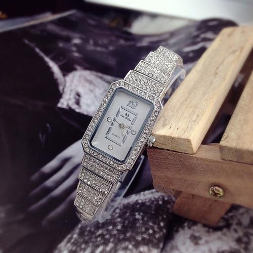 Đồng hồ thời trang bs sister dinh xoan sang trong -MTBS19h01