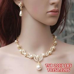 Bộ trang sức cô dâu giả vàng, kết hợp hạt trai đẹp nổi bật