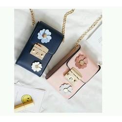Túi xách đeo chéo hoa xinh xinh