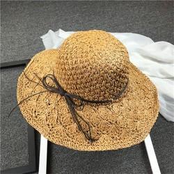 nón cói đi biển