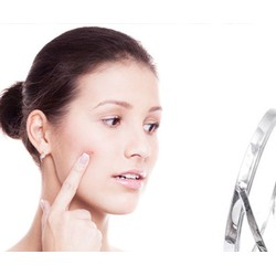 Điều trị mụn Làm mờ sẹo rỗ hiệu quả tại Hồ Điệp Spa