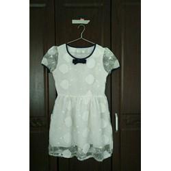 Đầm xoè trắng cổ nơ