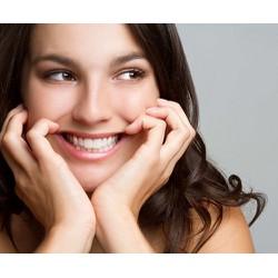 Nhổ răng số 8 an toàn nhẹ nhàng và không đau tại Nha Khoa Family Dental