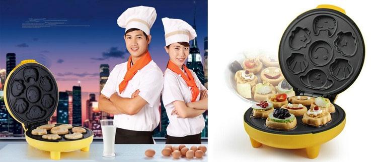 Image result for Máy nướng bánh hình thú Akira HH-05