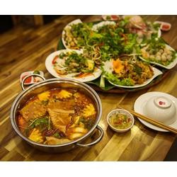 Thưởng thức Mẹt cá và Lẩu cá trắm giòn tại Nhà hàng Góc Hà Nội