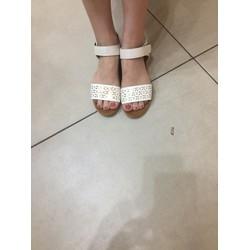 Sandal đế dẻo êm chân