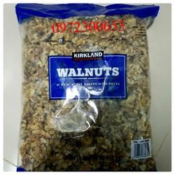 Hạt óc chó sấy khô Kirkland 1.36kg Mỹ