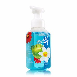 Rửa tay Bath and Body Works - Beautiful Day 259ml
