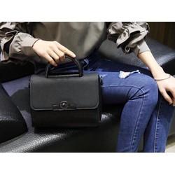 Túi xách nữ khóa cao cấp màu đen thanh lịch