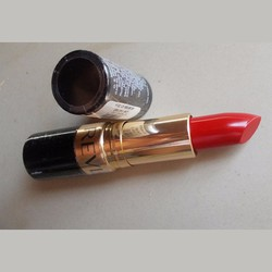 Son #Revlon Certainly Red
