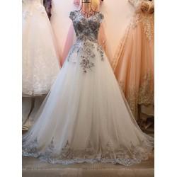 áo cưới trắng, ren kim tuyến màu HOT giá rẻ