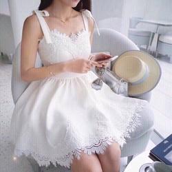 Đầm xoè ren nơ công chúa siêu xinh