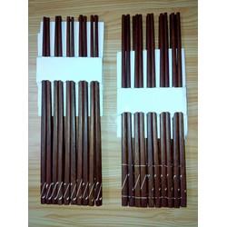 Đũa gỗ cẩm lai cẩn hoa văn