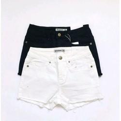 quần shorts trắng đen lai tua rua
