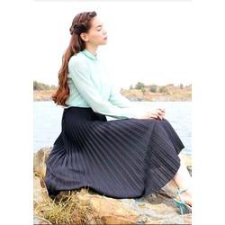 Chân váy Hồ Ngọc Hà