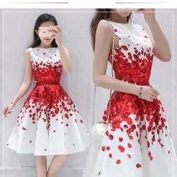 Đầm xòe in 3D cánh hoa đỏ rơi cực xinh - không kèm belt - NR194