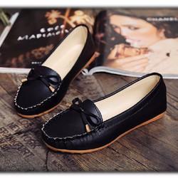 Giày nữ xinh xắn