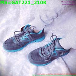 Giày thể thao nam cổ thấp màu đen phối viền màu xanh dương GAT221