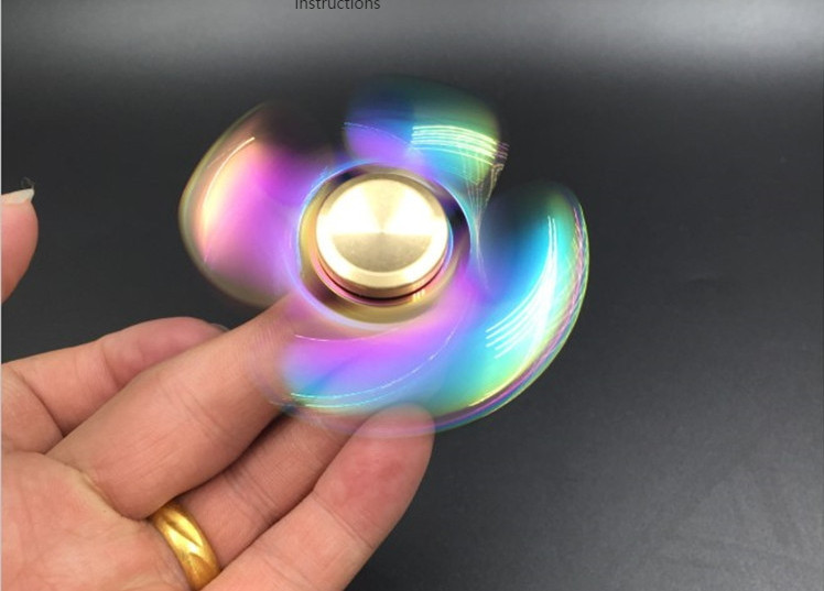 Spinner Cầu Vồng 13