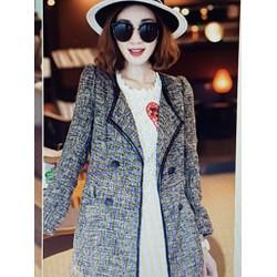 Áo khoác nữ kiểu dáng sang trọng, phong cách cá tính.