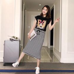 Set áo pull phối ren + chân váy sọc