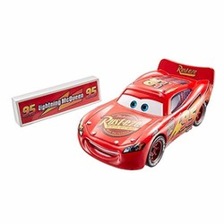 Xe mô hinh Disney Cars Movie Moments McQueen with Pit Stop Barrier