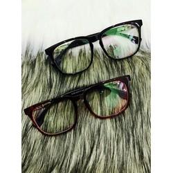 mắt kính giả cận