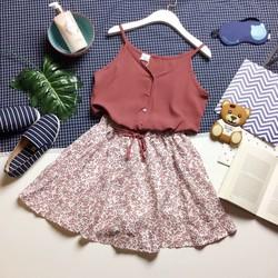 Sét áo hai dây và chân váy hoa nhí