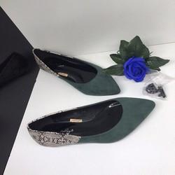Giày bệt pha gót màu da rắn