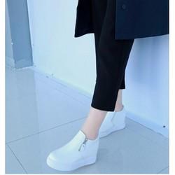giày lười nữ độn trong 7p 2 màu đen trắng