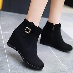 Giày boot nữ nhung cá tính B077