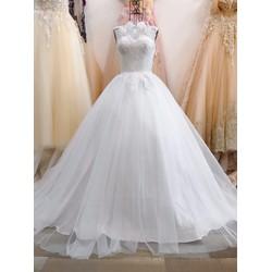 áo cưới giá rẻ cổ kín, thân đính pha lê